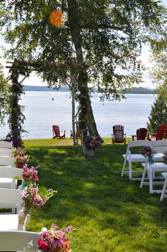 Chairs n Lake VERT
