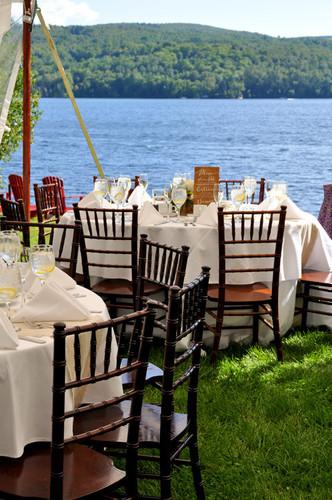 Tables n Lake VERT