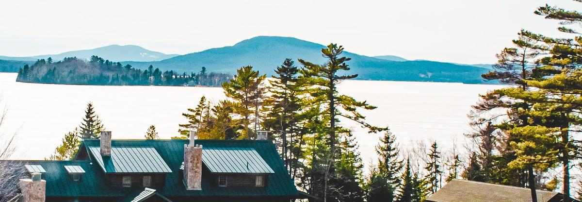 Lake lookout at Loon Lodge