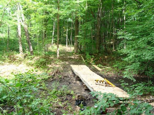 Trail construction (Credit: Thousand Islands Land Trust)