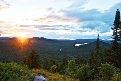 Summit views from Coney Mountain (Credit: Nature Up North)