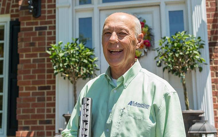 all-american pest control technician
